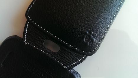 Housse ultra mince pour Google LG Nexus 4 de chez Issentiel | Issentiel Housses en cuir pour smartphones | Scoop.it