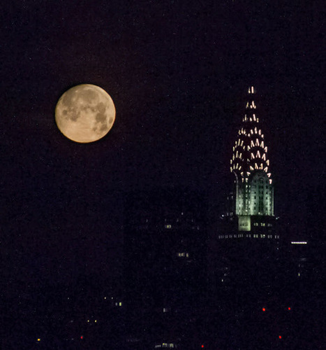 Chroniques de Sammy : La lune, comme un point sur un i... loin des yeux du soleil   The Blog's Revue by OlivierSC   Scoop.it