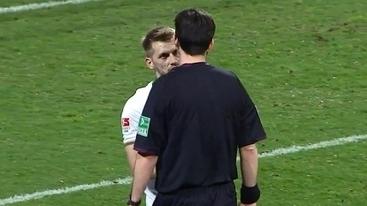Fair Play! Jogador avisa que não foi tocado, e juiz anula pênalti marcado | Futebois | Scoop.it