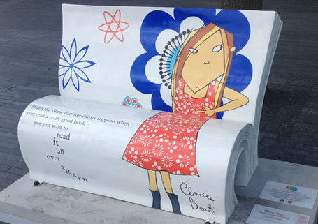 London streets filled with 'BookBenches' | Biblio Bulletin | Scoop.it
