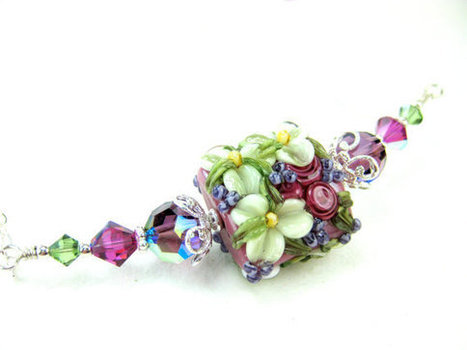 Pink Flower Necklace Raspberry Pink Ivory by GlassRiverJewelry | Raspberry Pi | Scoop.it