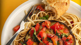 Eggplant, tomato create layers of flavor - Chicago Tribune   Healthy Eating - Recipes, Food News   Scoop.it