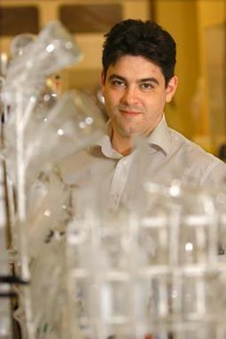 Hydrogen production breakthrough could herald cheap green energy - University of Glasgow   my universe   Scoop.it