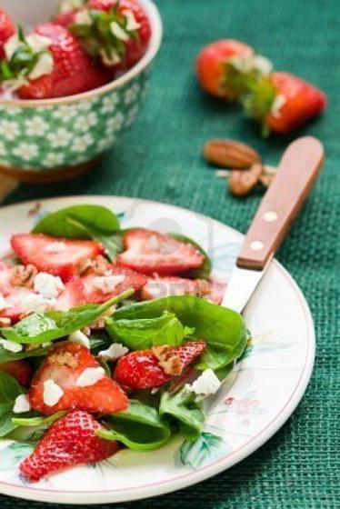 Recette salade de chèvre aux fraises > Fromage Saint Nectaire | poesie-citation | Scoop.it