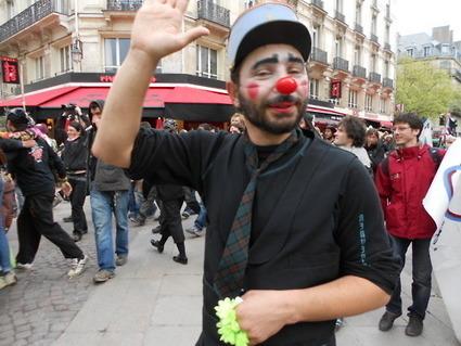 Les indignés ne sont pas des clowns mais les clowns sont des indignés | #marchedesbanlieues -> #occupynnocents | Scoop.it