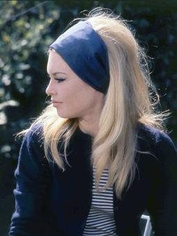 La coiffure de Brigitte Bardot dans Le Mépris ? Facile !   Esthétique   Scoop.it