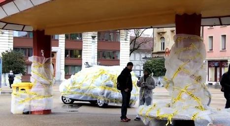 Una campaña que envuelve la ciudad en plástico de burbujas | Publicitat | Scoop.it