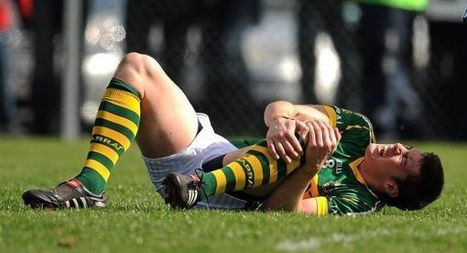 """How To Get Rid Of Knee Pain - An Athlete's Guide To Chronic Knee Pain 