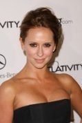 4you: Jennifer Love Hewitt | miss 4you | Scoop.it