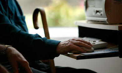 Why it's important to get older people and carers confident online - The Guardian | Professional development of Librarians | Scoop.it