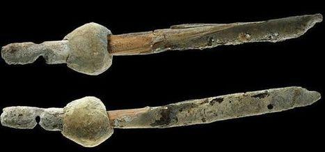 Descubren un misterioso objeto de plomo de hace 6.000 años en una cueva de Israel | ArqueoNet | Scoop.it