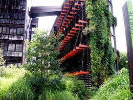 Viajes aristocráticos: Jardines verticales: El Museo du quai Branly | Jardines Verticales y azoteas verdes. | Scoop.it