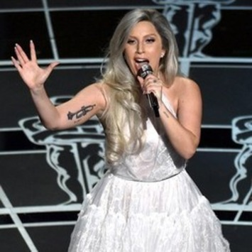 The Rapport Lesson to be Learned From Lady Gaga's Oscar Performance - Christian Wasinger | Developing a Chief Mind Mentality in Personal and Business Life | Scoop.it
