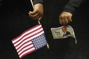 Obama battu dans la course aux dollars - Europe1 | Election présidentielle aux Etats Unis d'Amérique | Scoop.it