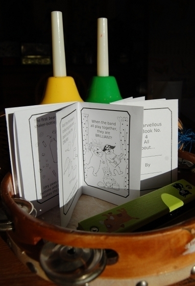 2 new and exclusive minibooks from Clara Vulliamy to inspire storytelling about music | Playing by the book | How to find and tell your story | Scoop.it