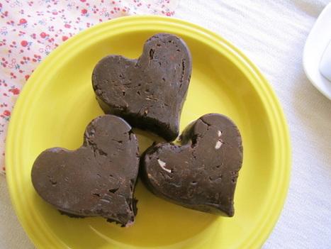 Heart-Shaped Vegan Almond Butter Cups | My Vegan recipes | Scoop.it