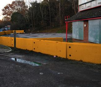 Concrete Barriers, Concrete Blocks, Temporary Concrete Barriers, London, South East, Sussex, UK | Concrete blocks | Scoop.it