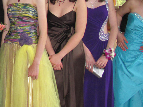NJ Middle School Bans Strapless Dresses At Upcoming 8th Grade Dance   Guys, Dads, Husbands, Sons   Scoop.it
