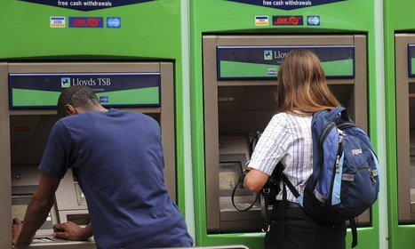 Lloyds and TSB customers vent anger as IT glitch hits ATMs and debit cards | AlicanteComputing | Scoop.it