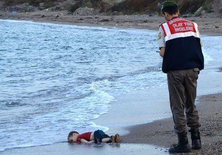 Réfugiés : une photo pour ouvrir les yeux | Ca m'interpelle... | Scoop.it