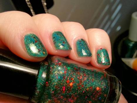 Glitter nail polish: The new way to protect your data | the web - ICT | Scoop.it