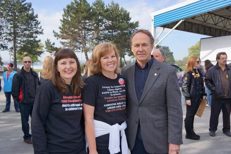 2012 A Walk to Remember Victims of Asbestos in Sarnia, Canada | Asbestos and Mesothelioma World News | Scoop.it