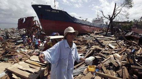 Philippine Red Cross says typhoon relief efforts being hampered by looters | Let's make a change! | Scoop.it