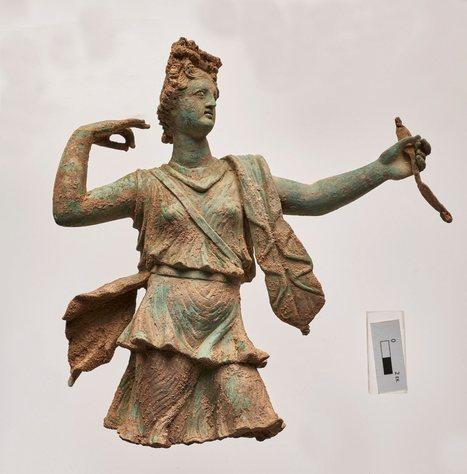 Encuentran una estatua de Artemisa y otra de Apolo en la isla de Creta | ArqueoNet | Scoop.it