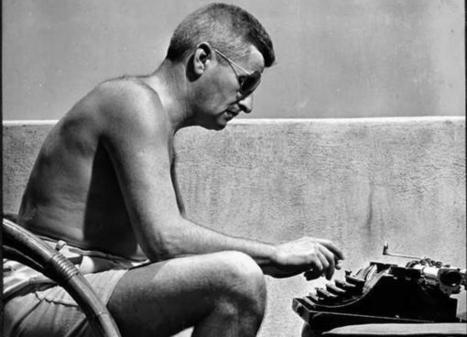 Tweet from @AdviceToWriters | Writing a Thesis | Scoop.it