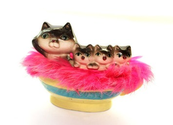 Cat and Kittens in a Teacup Ceramic Money Box - Kitsch Money Box | Kitsch | Scoop.it