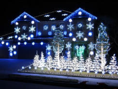 """Holiday light show set to """"Gangnam Style"""" music - CBS News 