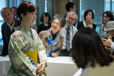 Humanoid Robot Starts Work at Japanese Department Store   Post-Sapiens, les êtres technologiques   Scoop.it