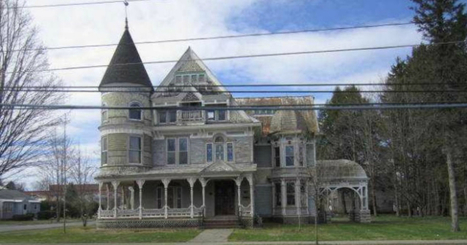 This Mansion Is On Sale For Cheap. When You Zoom In You'll See Why! | AP Human Geography | Scoop.it