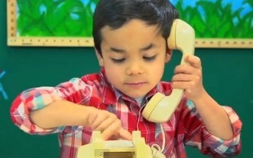 Kids attempt to use rotary phone, confusion ensues - CNET | Young Makers | Scoop.it