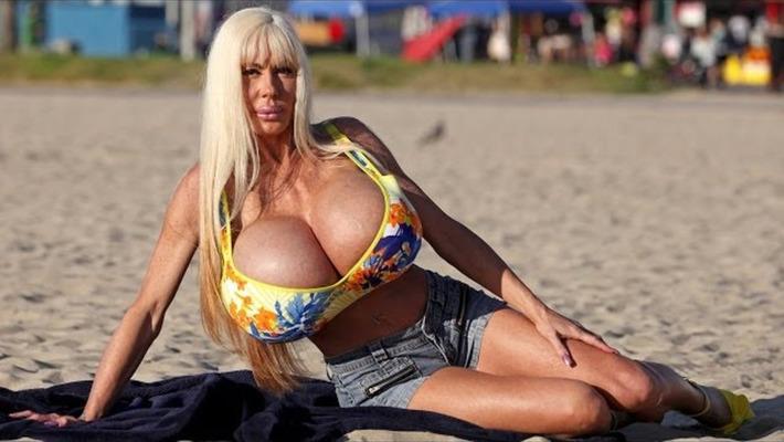 Busty Porn Star Forced to Lose 'Livelihood' or Die | Sex Work | Scoop.it