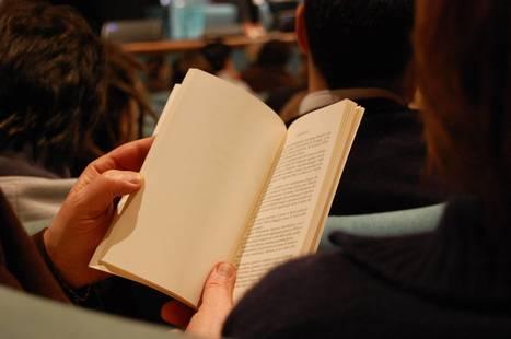Livre vs ebook : quel support de lecture est fait pour vous, selon votre personnalité ? | Vie des Bibliothèques | Scoop.it