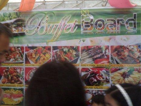 Buffet on Board: My Floating Restaurant Experience in Loboc River | Lakwatsera | Scoop.it