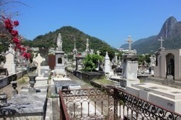 Rio Introduces QR Codes in Cemetery During Memorial Day | QR Code - NFC Marketing | Scoop.it