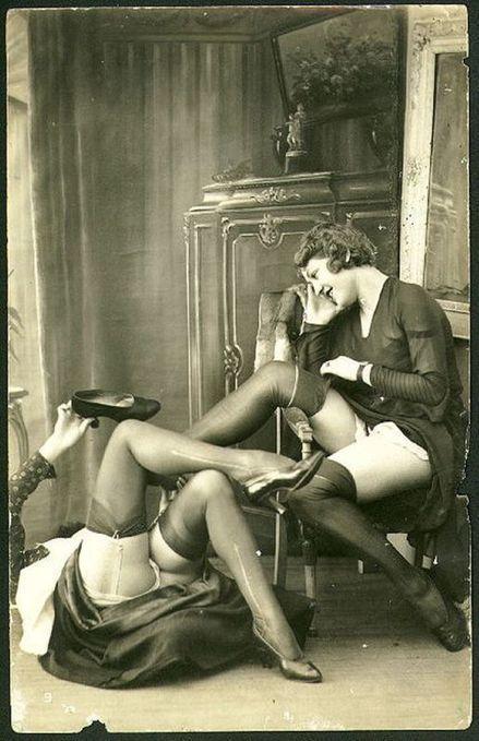 Ye Olde Shoe & Stocking Fetish | Sex History | Scoop.it