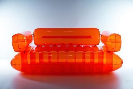 quasar khanh pionnier du mobilier gonflable. Black Bedroom Furniture Sets. Home Design Ideas