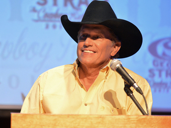 George Strait Sells Over 72,000 Tickets in Six Minutes | Country Music Today | Scoop.it