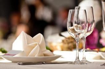 Etiquette et savoir-vivre à Table: connaissez- vous les bonnes manières? | Guide Des Restaurants Gastronomiques Et Hôtels / Tables & Auberges | Sur la route de nos régions ! | Scoop.it