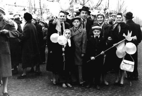 Family Photos From Ukraine - Spiritually Free | News | Osborne IB History | Scoop.it