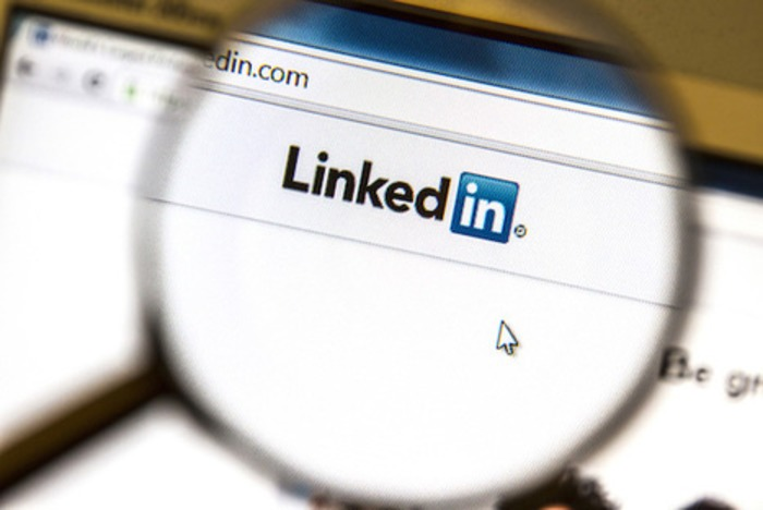 10 LinkedIn stats every B2B executive needs to know | B2B News Network | Business in a Social Media World | Scoop.it