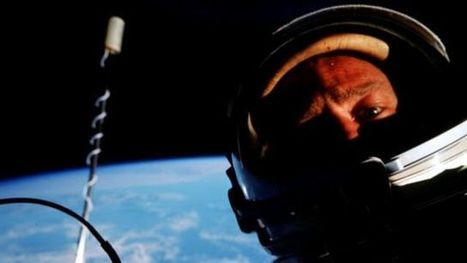 Buzz Aldrin: second man on the Moon, but first to take a space selfie | Technoculture | Scoop.it