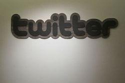 Comme Facebook, Twitter attend beaucoup de la publicité sur mobile | Market' & Com', Consumers need Marketers | Scoop.it