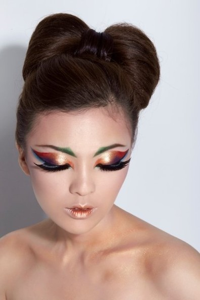 Futuristic Egyptian Makeup | At Home Beauty Treatments | Scoop.it