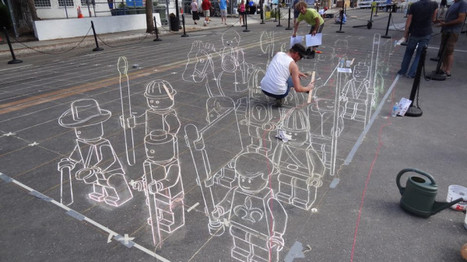 Whoa. Lego dude street painting. on Twitpic | Rumour Has It : The Awesomeness Aggregator | Scoop.it