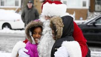 Operation Santa brings gifts to kids of police officers who died, were injured ... - Chicago Tribune | Dear Santa | Scoop.it