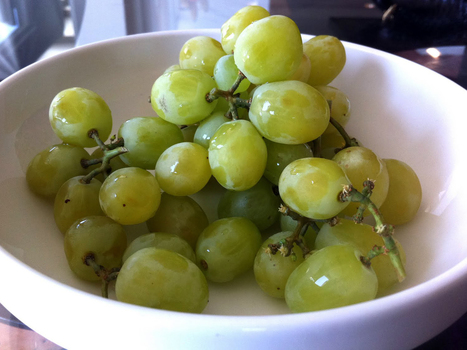 The Cotton Candy Grape: A Sweet Spin On Designer Fruit : NPR   Produce   Scoop.it